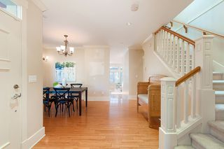 Photo 2: 2236 W 15TH AVENUE in Vancouver: Kitsilano House 1/2 Duplex for sale (Vancouver West)  : MLS®# R2319480