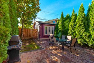 Photo 19: 2236 W 15TH AVENUE in Vancouver: Kitsilano 1/2 Duplex for sale (Vancouver West)  : MLS®# R2319480