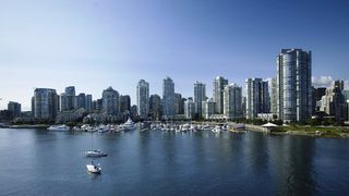 Photo 17: 310 1228 MARINASIDE CRESCENT in Vancouver: Yaletown Condo for sale (Vancouver West)  : MLS®# R2342063