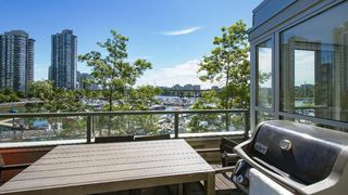 Photo 12: 310 1228 MARINASIDE CRESCENT in Vancouver: Yaletown Condo for sale (Vancouver West)  : MLS®# R2342063