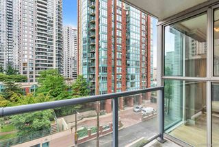 Photo 15: 403 928 RICHARDS Street in Vancouver: Yaletown Condo for sale (Vancouver West)  : MLS®# R2387758