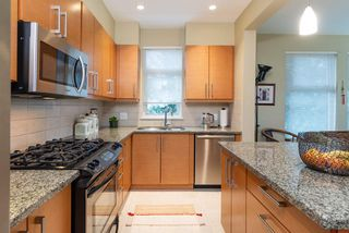 "Photo 4: 101 188 W 29TH Street in North Vancouver: Upper Lonsdale Condo for sale in ""VISTA29"" : MLS®# R2391224"