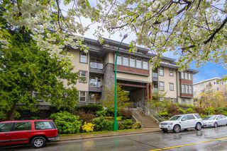 "Photo 1: 101 188 W 29TH Street in North Vancouver: Upper Lonsdale Condo for sale in ""VISTA29"" : MLS®# R2391224"