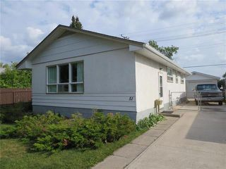 Photo 1: 51 Crestwood Crescent in Winnipeg: Windsor Park Residential for sale (2G)  : MLS®# 1923736