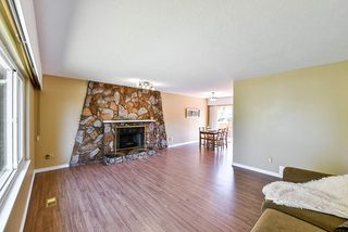 Photo 4: 8809 DELWOOD Drive in Delta: Nordel House for sale (N. Delta)  : MLS®# R2398355