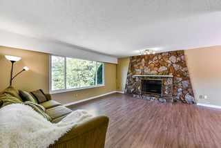 Photo 2: 8809 DELWOOD Drive in Delta: Nordel House for sale (N. Delta)  : MLS®# R2398355