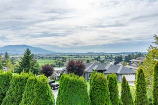 Photo 9: 35624 DINA Place in Abbotsford: Abbotsford East House for sale : MLS®# R2410757