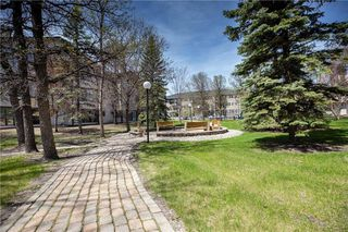 Photo 19: 208 693 St Anne's Road in Winnipeg: Condominium for sale (2E)  : MLS®# 202002585