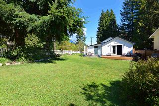Photo 1: 583 GOWER Road in Gibsons: Gibsons & Area House for sale (Sunshine Coast)  : MLS®# R2436118