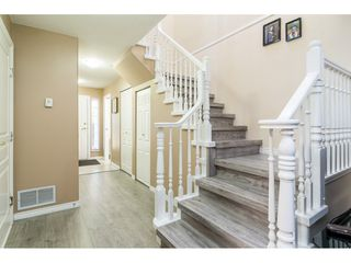 "Photo 5: 27 13499 92 Avenue in Surrey: Queen Mary Park Surrey Townhouse for sale in ""CHATHAM LANE"" : MLS®# R2442181"