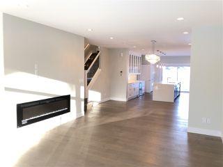 Photo 3: 11712 Edinboro Road in Edmonton: Zone 15 House for sale : MLS®# E4191048