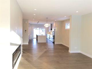 Photo 2: 11712 Edinboro Road in Edmonton: Zone 15 House for sale : MLS®# E4191048
