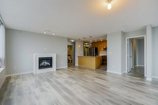 Photo 2: 1103 39 SIXTH STREET in New Westminster: Downtown NW Condo for sale : MLS®# R2436889