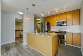 Photo 4: 1103 39 SIXTH STREET in New Westminster: Downtown NW Condo for sale : MLS®# R2436889