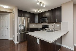 Photo 9: 3087 Whitelaw Drive in Edmonton: Zone 56 House Half Duplex for sale : MLS®# E4197251