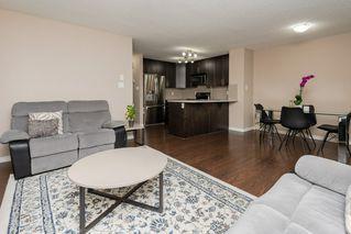 Photo 6: 3087 Whitelaw Drive in Edmonton: Zone 56 House Half Duplex for sale : MLS®# E4197251