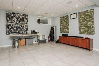 Photo 35: 3087 Whitelaw Drive in Edmonton: Zone 56 House Half Duplex for sale : MLS®# E4197251