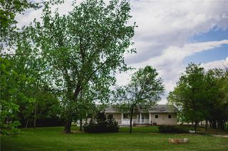 Photo 2: 1136 PR 205 Highway East in Rosenort: R17 Residential for sale : MLS®# 202013640