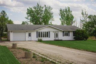 Photo 1: 1136 PR 205 Highway East in Rosenort: R17 Residential for sale : MLS®# 202013640