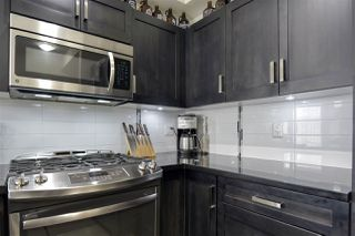 """Photo 10: 318 20078 FRASER Highway in Langley: Langley City Condo for sale in """"VARSITY"""" : MLS®# R2465354"""