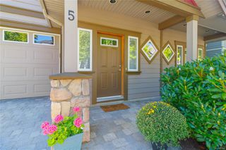 Photo 2: 5 2210 Sooke Rd in : Co Hatley Park Row/Townhouse for sale (Colwood)  : MLS®# 855090