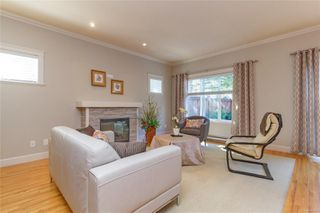 Photo 4: 5 2210 Sooke Rd in : Co Hatley Park Row/Townhouse for sale (Colwood)  : MLS®# 855090