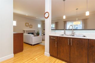 Photo 13: 5 2210 Sooke Rd in : Co Hatley Park Row/Townhouse for sale (Colwood)  : MLS®# 855090