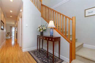 Photo 3: 5 2210 Sooke Rd in : Co Hatley Park Row/Townhouse for sale (Colwood)  : MLS®# 855090