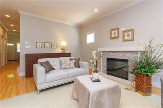 Photo 6: 5 2210 Sooke Rd in : Co Hatley Park Row/Townhouse for sale (Colwood)  : MLS®# 855090
