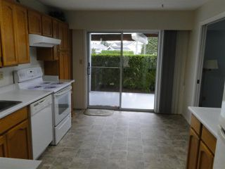"""Photo 4: 71 32691 GARIBALDI Drive in Abbotsford: Central Abbotsford Townhouse for sale in """"Carriage Lane"""" : MLS®# R2506779"""