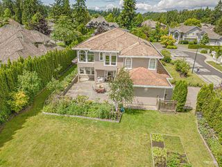 Photo 36: 2348 138A Street in Surrey: Elgin Chantrell House for sale (South Surrey White Rock)  : MLS®# R2511258