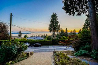 Photo 39: 2707 ROSEBERY Avenue in West Vancouver: Queens House for sale : MLS®# R2511814