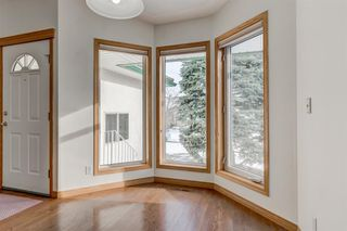 Photo 10: 25 Strathearn Gardens SW in Calgary: Strathcona Park Semi Detached for sale : MLS®# A1045110