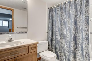 Photo 28: 25 Strathearn Gardens SW in Calgary: Strathcona Park Semi Detached for sale : MLS®# A1045110