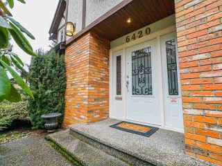 Photo 2: 6420 BUCKINGHAM Drive in Burnaby: Buckingham Heights House for sale (Burnaby South)  : MLS®# R2519427