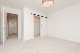Photo 10: 2 9745 92 Street in Edmonton: Zone 18 Townhouse for sale : MLS®# E4223411