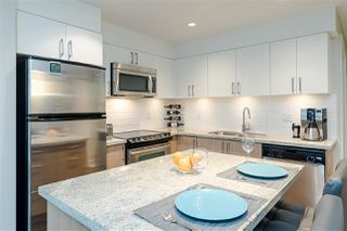 "Photo 4: 301 85 EIGHTH Avenue in New Westminster: GlenBrooke North Condo for sale in ""EIGHT WEST"" : MLS®# R2528425"