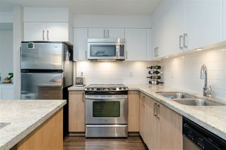 "Photo 5: 301 85 EIGHTH Avenue in New Westminster: GlenBrooke North Condo for sale in ""EIGHT WEST"" : MLS®# R2528425"