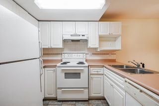 """Photo 5: 316 6475 CHESTER Street in Vancouver: South Vancouver Condo for sale in """"Southridge House"""" (Vancouver East)  : MLS®# R2528266"""