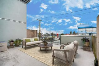 """Photo 3: 316 6475 CHESTER Street in Vancouver: South Vancouver Condo for sale in """"Southridge House"""" (Vancouver East)  : MLS®# R2528266"""