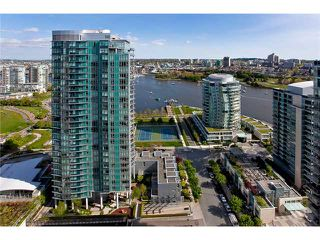 """Photo 1: 3002 455 BEACH Crescent in Vancouver: Yaletown Condo for sale in """"PARK WEST ONE"""" (Vancouver West)  : MLS®# V949559"""