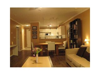 "Photo 2: 207 215 12TH Street in New Westminster: Uptown NW Condo for sale in ""DISCOVERY REACH"" : MLS®# V950783"