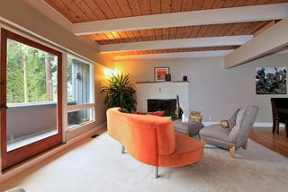 Photo 4: 3977 SUNSET Boulevard in North Vancouver: Capilano Highlands House for sale : MLS®# V952217