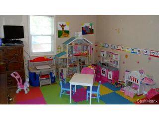 Photo 12: 378 LORNE Street in Regina: Highland Park Single Family Dwelling for sale (Regina Area 03)  : MLS®# 450866