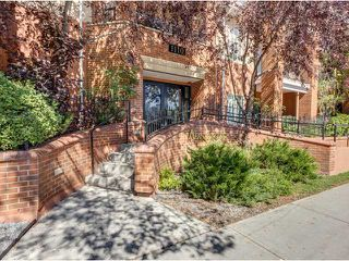 Photo 1: 122 1110 5 Avenue NW in CALGARY: Hillhurst Townhouse for sale (Calgary)  : MLS®# C3584340