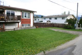 Photo 3: 1909 Kate Street in Enderby: House for sale : MLS®# 10081408