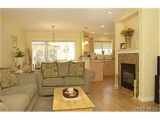 Photo 3: 3 172 Belmont Road in VICTORIA: Co Colwood Corners Townhouse for sale (Colwood)  : MLS®# 229745