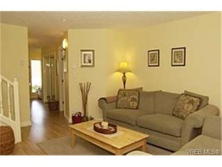 Photo 2: 3 172 Belmont Road in VICTORIA: Co Colwood Corners Townhouse for sale (Colwood)  : MLS®# 229745