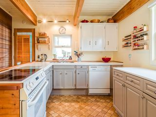 Photo 3: 1135 Laramee Road in Squamish: Brackendale House for sale