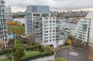 Main Photo: 633 Kinghorne Mews in Vancouver: Yaletown Condo for rent (Downtown Vancouver)